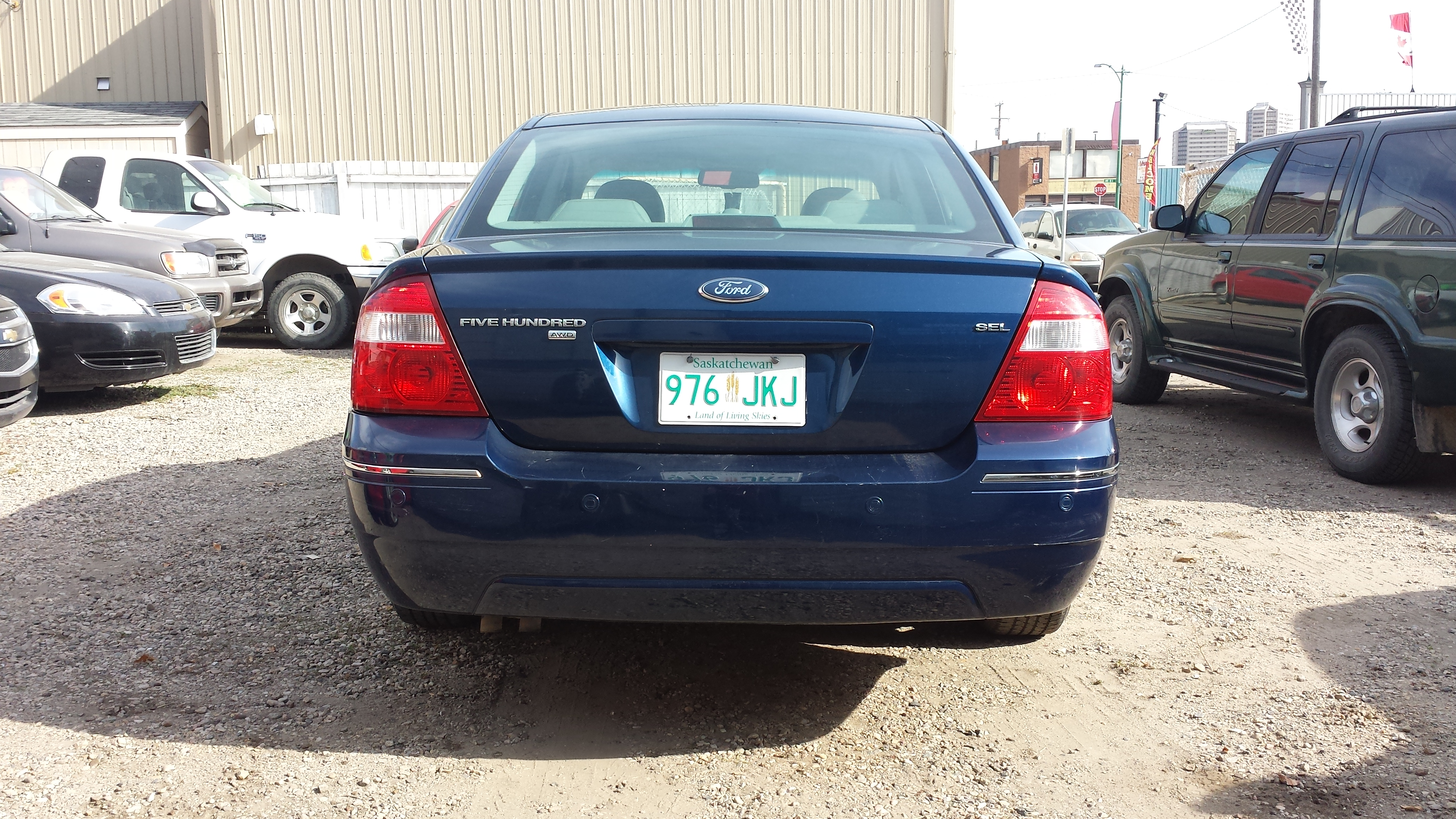 on 2005 Ford Five Hundred Sel