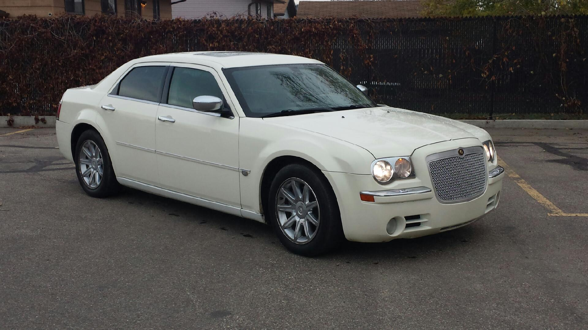 Chrysler 300C 5.7 HEMI | GTR Auto Sales